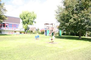 Spielplatz am DGH
